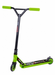 Freestyle koloběžka Bestial Wolf Booster B8 Green/Black